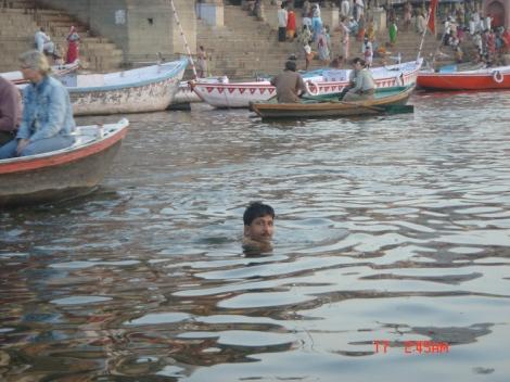 Swimming in sared river