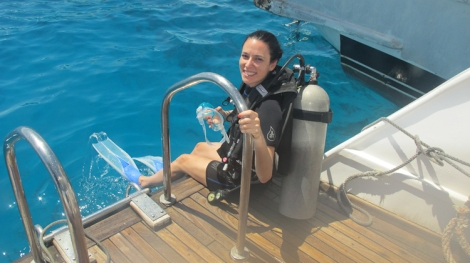my friend helen-marie doing her Discover Scuba Diving course